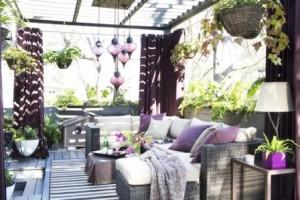 【ガーデン家具30選】お庭がアウトドアリビングに大変身!?おしゃれなガーデンインテリアコーディネート